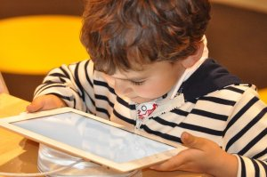 5 Awesome Kindergarten Coding Projects for Your Tech Era Kid